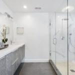 bathroom-3346387 _